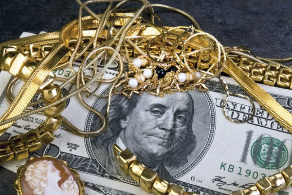 All That Glitters… Tips on selling your gold jewelry
