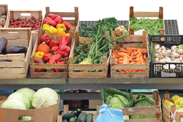 Freshen Up Your Table and Support Local Agriculture:  Farmers Markets Boast Many Benefits