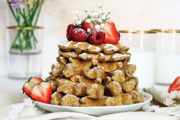 A Bright Moment: Strawberry Oat Flour Waffles