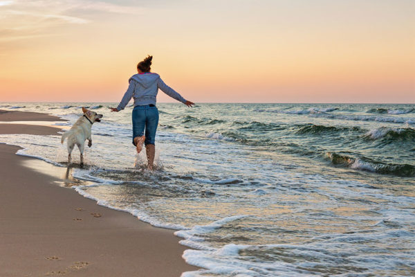 Benefits Beyond the Beach: Head to the Seaside this Summer or Fall for Health and Healing